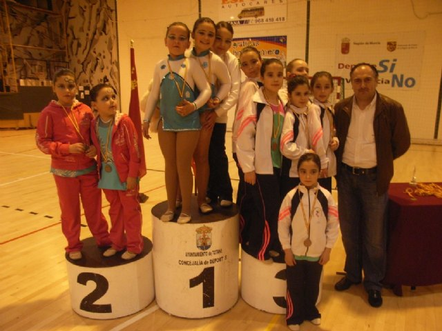 The Department of Sport Totana organized interschool competition of rhythmic gymnastics - 3