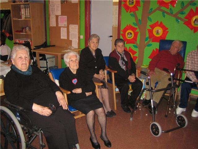 Program begins Holy Week activities in the Day Care Service (SED) of the Municipal Center for the Elderly - 3