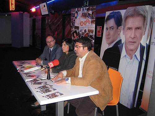 "On Friday March 26 there was a solidarity of the film pass ""extraordinary measures"" in Murcia. - 2"