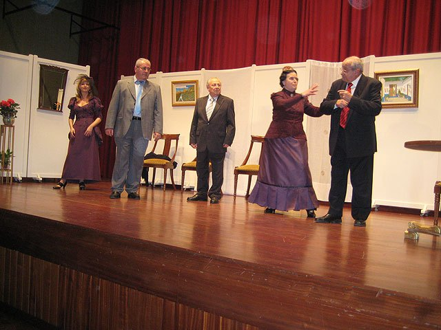 Theatre of solidarity for the benefit of the partnership D'Genes, Foto 3