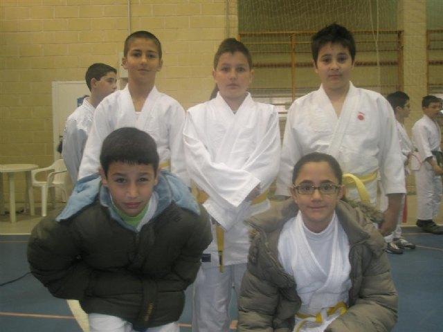 Los alumnos de la Escuela Deportiva Municipal de Judo de Totana participan en las competiciones federadas celebradas en Puente Tocinos, Foto 1