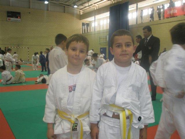 Los alumnos de la Escuela Deportiva Municipal de Judo de Totana participan en las competiciones federadas celebradas en Puente Tocinos, Foto 2