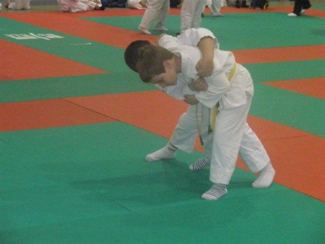 Los alumnos de la Escuela Deportiva Municipal de Judo de Totana participan en las competiciones federadas celebradas en Puente Tocinos, Foto 3