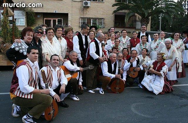 El Grupo Folclórico Santiago y el Coro Santa Cecilia representarán mañana a Totana en el Bando de la Huerta de Murcia, Foto 1