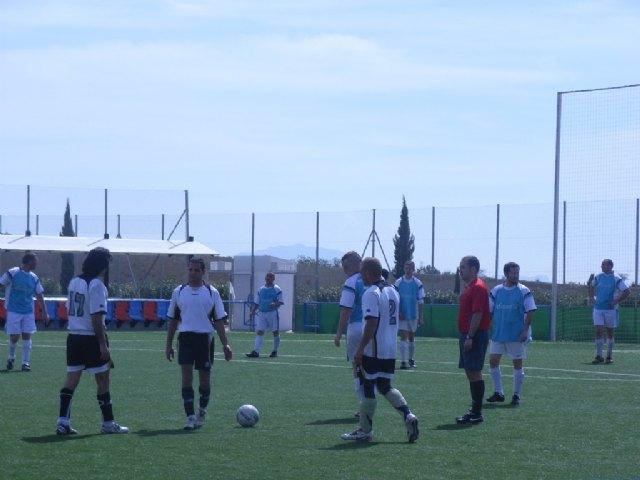"""El equipo """"Céser Sánchez Los Cachorros"""" golea contra pronóstico a Transportes El Lobo, Foto 3"""
