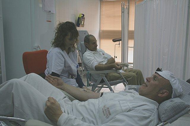 Los trabajadores de ELPOZO ALIMENTACIÓN , solidarios con la sociedad donando sangre, Foto 1