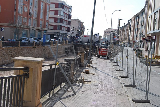 Comienzan las obras de remodelación del paseo de la Avenida de la Rambla de La Santa, incluida en el POS 2009, Foto 2