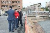"Autoridades municipales visitan las obras de la redonda de ""La Kabuki"", en la Avenida Juan Carlos I"