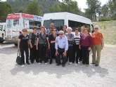 Los usuarios del Centro Municipal de Personas Mayores de El Paretón-Cantareros realizan una visita al Yacimiento Argárico de La Bastida