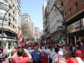 Militantes de IU Totana, junto a representantes de trabajadores, asistieron a la manifestación del 1º de Mayo en Murcia - 7