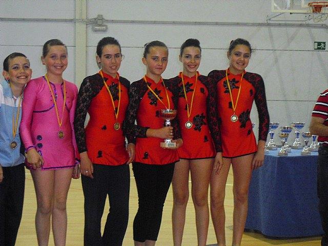 Las alumnas de la Escuela Municipal de Gimnasia Rítimica de Totana y Paretón consiguieron medallas de oro, plata y bronce, Foto 1
