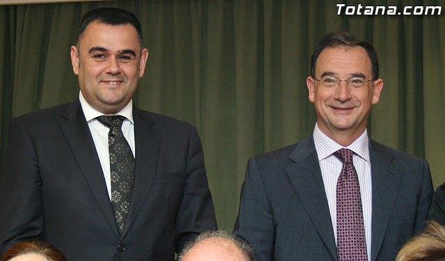 El alcalde de Totana y el consejero de Política Social, Mujer e Inmigración firman un convenio de colaboración por un importe de 175.245 euros, Foto 1