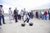 Blaya y Sotoca ponen la primera piedra del nuevo colegio de Puerto de Mazarrón
