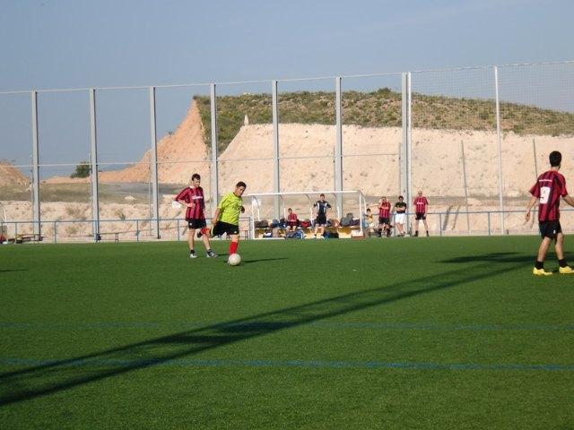 La trigesimo segunda jornada de la liga de fútbol aficionado Juega Limpio destaca por la importante victoria conseguida por Los Pachuchos, Foto 4