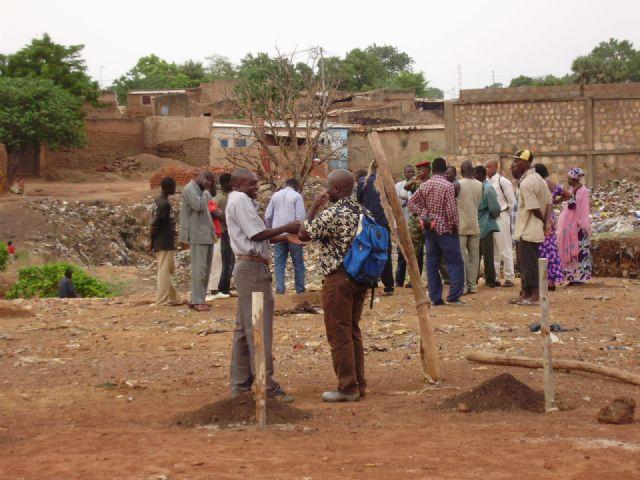 Comienza la construccion de la escuela financiada por las Ampas de Totana, Alhama y Aledo en la ciudad de Bobo, en Burkina Faso - 1