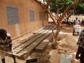 Comienza la construccion de la escuela financiada por las Ampas de Totana, Alhama y Aledo en la ciudad de Bobo, en Burkina Faso - Foto 4
