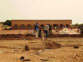 Comienza la construccion de la escuela financiada por las Ampas de Totana, Alhama y Aledo en la ciudad de Bobo, en Burkina Faso - Foto 8