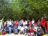 Un total de 24 alumnos del Centro Ocupacional José Moya realizan una salida al municipio de Lorca