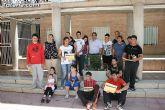El concejal de Bienestar Social entrega los diplomas a las personas que se han formado en los talleres de pintura y alfabetizaci�n - 35