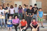 El concejal de Bienestar Social entrega los diplomas a las personas que se han formado en los talleres de pintura y alfabetizaci�n - 40