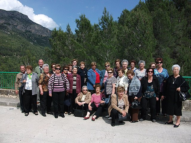 "The association Housewives ""Three Hail Mary"" organize a cultural trip to El Berro, Foto 1"