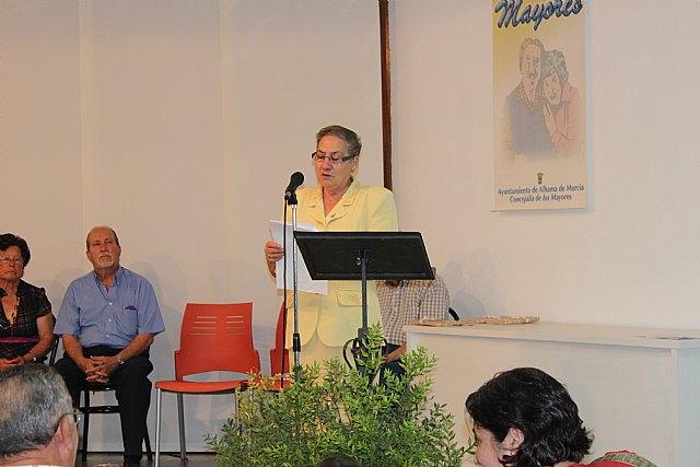 Varios mayores recitan sus poesías presentadas a concurso, Foto 2
