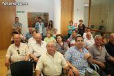 Más de 200 usuarios del Centro Municipal de Personas Mayores de la localidad reciben los diplomas - 8