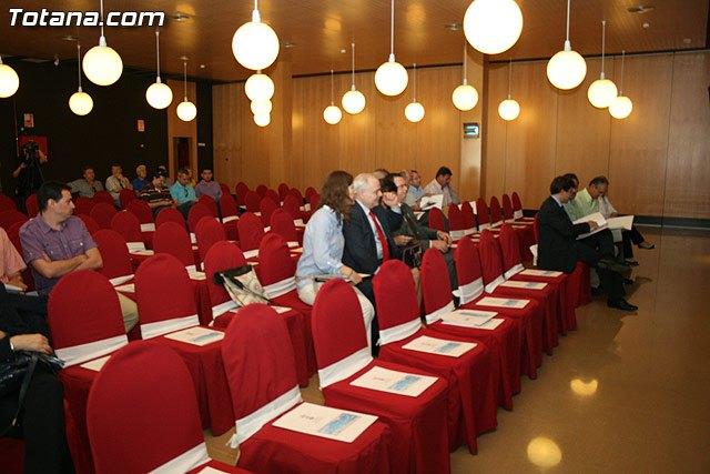 IU considera un fracaso las Jornadas Económicas organizadas por el Ayuntamiento de Totana, Foto 1