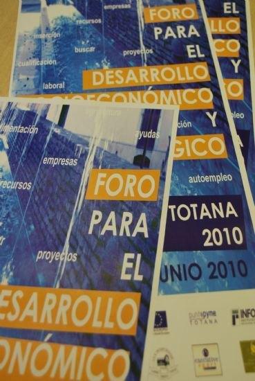 Los premios a la trayectoria de la empresa familiar y a la persona emprendora recaen en Industrias Vicma, S.A y Encarna Martínez Pérez, Foto 1