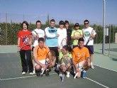Jugadores británicos entrenan en la Escuela del C. T. Totana.