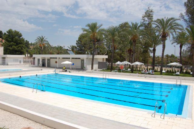 Alguazas la piscina municipal de alguazas abre sus for Piscina municipal puerto de la cruz