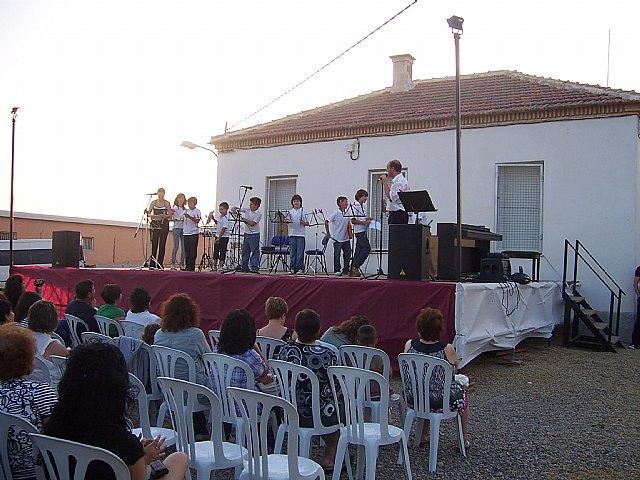 Los alumnos de la Academia de Música de la pedanía de El Paretón-Cantareros cierran el curso 2009/2010 con una audición, Foto 2