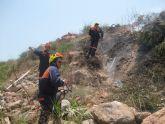 Los servicios de emergencias de Totana sofocan en 72 horas tres incendios de matorral bajo ocurridos en la zona de San José