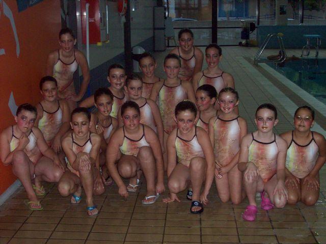 Clausuran con una exhibición los cursos de natación sincronizada, Foto 4