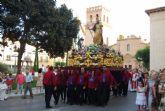 Cientos de personas acompañan a la imagen del patrón de Totana, Santiago Apóstol, en una solemne procesión - 2