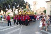 Cientos de personas acompañan a la imagen del patrón de Totana, Santiago Apóstol, en una solemne procesión - 3