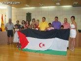 Autoridades municipales reciben a los siete niños saharauis y a las familias totaneras que los acogen durante los meses de julio y agosto