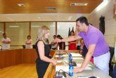 La nueva concejal del PP, Esther Esparza Martínez, tomó posesión de su nuevo cargo en la Corporación municipal