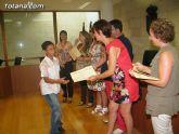 El concejal de Nuevas Tecnologías clausura el primer semestre de 2010 del proyecto RAITOTANA con la entrega de diplomas a los alumnos - 27