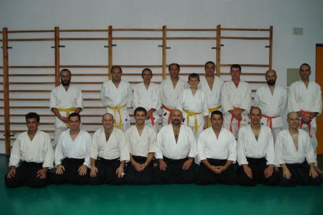 El curso de aikido 2009-10, organizado por el club aikidio de Totana, acaba de dar por finalizadas sus clases, Foto 1