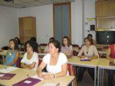 Las mujeres del municipio aprenden ingl�s