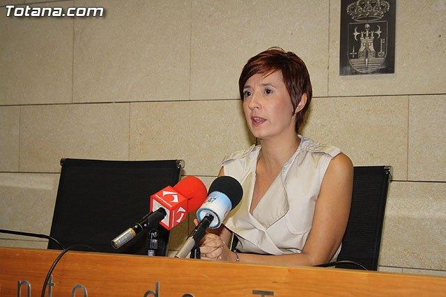 El consistorio promueve el empleo de la mujer y de las personas con dificultades laborales, Foto 1