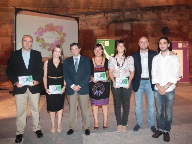 La concejalía de Juventud de Totana recibe el premio Programa del año, Foto 1