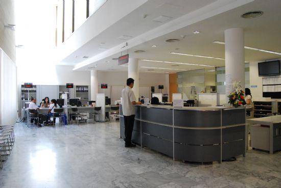 El ayuntamiento de Totana asegura que no subirá los impuestos para el año 2011, Foto 1