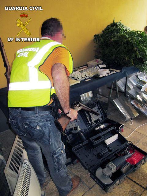 La Guardia Civil desmantela un punto de producción de marihuana en Librilla, Foto 4