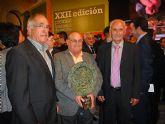La Ministra de Medio Ambiente, Rosa Aguilar, entregó en la noche del pasado jueves el premio Alimentos de España a COATO - 7