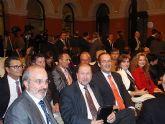 La Ministra de Medio Ambiente, Rosa Aguilar, entregó en la noche del pasado jueves el premio Alimentos de España a COATO - 21