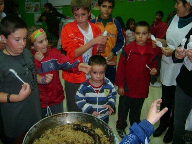 Implicación de padres y madres en las actividades de la eduteca Parchís del barrio Tirol-Camilleri, Foto 2