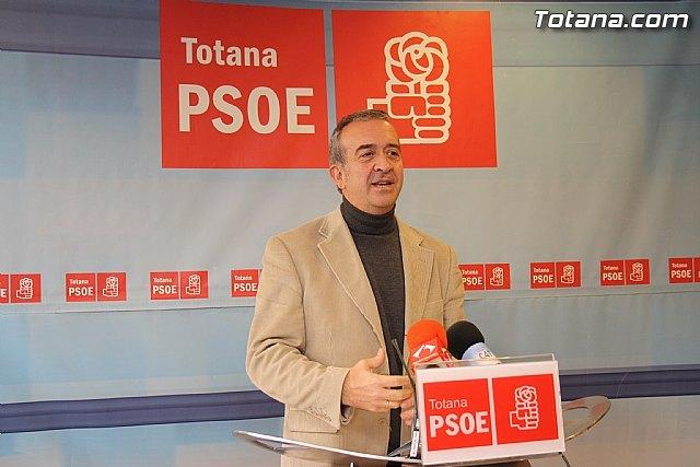 Otálora insta al alcalde a que adopte medidas concretas para sanear la economía municipal, Foto 1