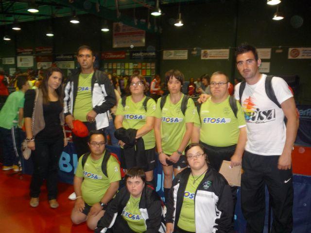 Los alumnos deportistas del Centro Ocupacional José Moya participan en el campeonato regional de tenis de mesa, Foto 2